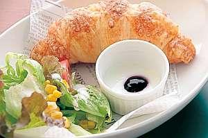 プロントの朝食セット ~クロワッサン~