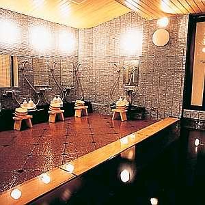 大浴場。夜24時までゆったりと