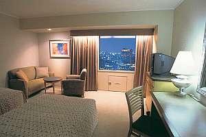 ホテル阪神:米国デザイナーに演出されたシンプル&ナチュラルな空間