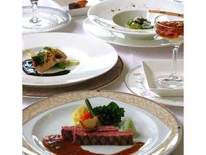 地産地消を取り入れたスペシャルなディナー!厳選された素材の本来の美味しさを味わうことができます。