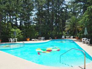 屋外プール「松ぼっくり」夏季7月上旬~9月初旬の間ご利用頂けます
