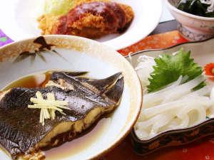 夕食単品_旬の魚の煮つけ!絶妙な女将の味付けでご飯がすすみます♪