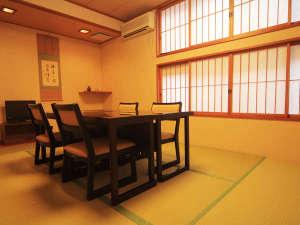 【個室食事処】プライベート感たっぷりの空間でお食事♪