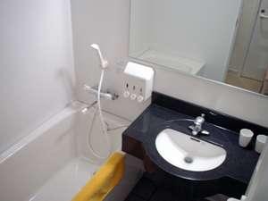 トイレ(洗浄機能付き)は独立