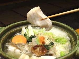 クエを食べる際のポン酢は、主人の手作り。クエのおいしさを一層引き立てます。