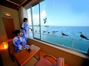 お部屋から180℃パノラマの海を一望できる♪海側客室一例【東館】