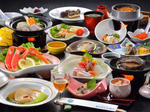 当館自慢の新鮮な海の幸!【夕食料理(冬)】鮑ふかひれプランの一例(約13品~15品)