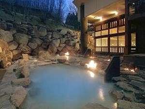 山形の紅葉スポット近くの温泉宿・紅葉露天のある宿県 蔵王国際ホテル