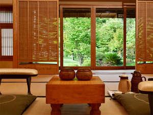 「決着の常磐ホテル」名勝負の舞台として囲碁・将棋タイトル戦の歴史を紡いでおります。