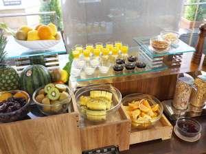 朝食バイキング「フルーツ・デザート」