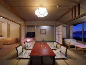 和洋室(10畳+ツインベッド)夜景の一例