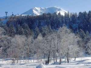 ■冬■雪化粧した旭岳は息を呑んでしまうほどの美しさ