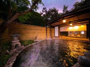 【駒吉の湯】天候が良ければ星を眺めながらご入浴できます