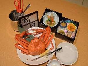 ■夕食:紅ずわい蟹・本日の五種盛り(要事前予約)