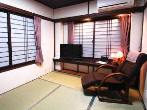 ビジネス利用も最適和室6畳タイプ(1~3名様)バス、トイレ(ウォシュレット暖房便座)洗面付