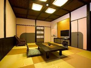 最も新しいお部屋がこちら。琉球畳を敷き詰め、スタイリッシュな作り(ご予約については要問い合わせ)
