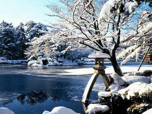 冬の金沢もオススメ!澄んだ空気、そして冬の風物詩「雪吊り」が素敵です♪