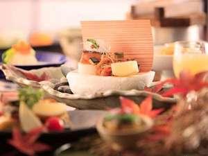 季節により献立が変わる和食コース料理