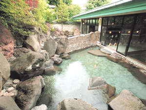 *源泉100%!庭園の景観が豊かな露天風呂