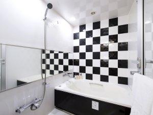 【バスルーム】スタイリッシュなデザイン。一日の疲れをゆっくり癒します。