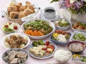 朝の栄養補給も万全!健康朝食無料(写真はイメージ)