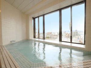 天気が良ければ≪明石海峡大橋≫が窓の外!最上階「展望大浴場」(男性限定)は、【17時~25時迄】