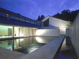 1350坪の日本庭園の宿 尚玄山荘:写真