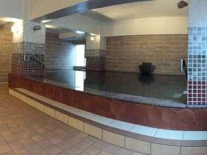 2005リニューアルの大浴場