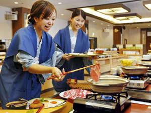 九州各地の郷土料理に和・洋・中のお料理がいっぱい!季節限定メニューが好評!