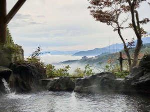 秋の景色☆露天風呂からの雲海