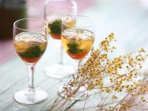 白海老と菜の花酢ゼリー
