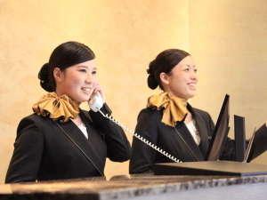 内線9番がフロント直通番号です。ご用の際はお気軽にご連絡くださいませ。
