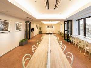 10階 朝食会場の中央テーブル