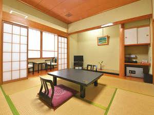 *【和室8畳一例】旅の疲れをいやす落ち着いた和室。