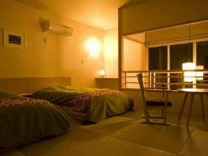 【露天風呂付メゾネット(2階建て部屋)2階ベットルーム