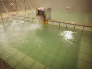 大浴場 敷地内で自然湧出する、およそ1400年の歴史を有する上質な自家冷鉱泉