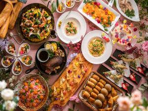ガーデンビュッフェ「パインテラス」1周年記念お料理の数々