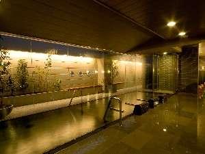 """大浴場""""加賀の湧泉""""-夜-"""