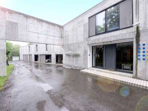 *【外観】全室35平米以上!お部屋はすべて2階にあり、綺麗な洞爺湖の風景を満喫できます。