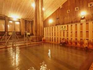 『大浴場・源泉100%』PH1.2という塩酸が主成分の強酸性の泉質となっております。