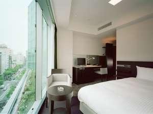 スタンダードルーム(シングル・ダブル)ベッド幅160センチのダブルベッドはゆったりサイズ♪