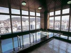 【展望大浴場】倉吉駅周辺を一望できる最上階展望風呂