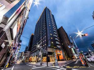 アパホテル〈東新宿 歌舞伎町タワー〉(全室禁煙)