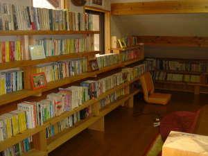 ロフトの図書室