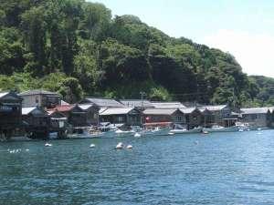 夏の「伊根の舟屋」『海に浮かぶ舟屋の心地よさ』~家か?漁場か?窓の下は旬~