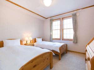 シングルベッドが2つあるツインのお部屋<洋室>