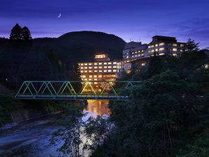 夜空に浮かぶ 湯の杜ホテル志戸平
