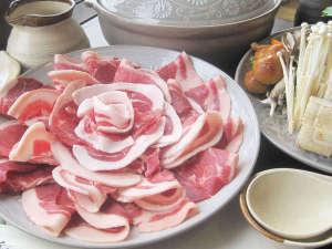 *【ボタン鍋コース】猪肉を使ったまろやかでコクのある味噌風味のお鍋