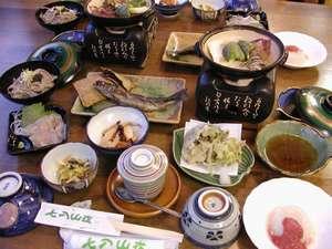ある日の夕食(イメージ)