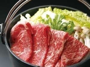 但馬牛のすき焼きはとてもジューシー!お腹いっぱい満足されます。